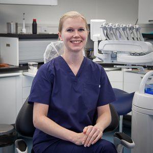 Hammaslääkäri Heidi Virtanen 300